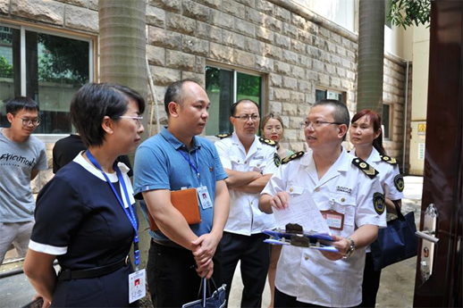 自治区、市两级卫生监督所到百色中心血站开展双随机监督检查工作